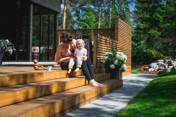 Medinė terasa iš termo medienos